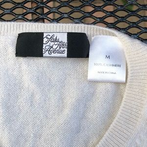 Cream Cashmere sleeveless Sweater SAKS 5TH AVE
